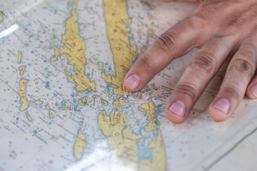 writing-hand-retro-travel-pattern-finger-858612-pxhere.com.jpg